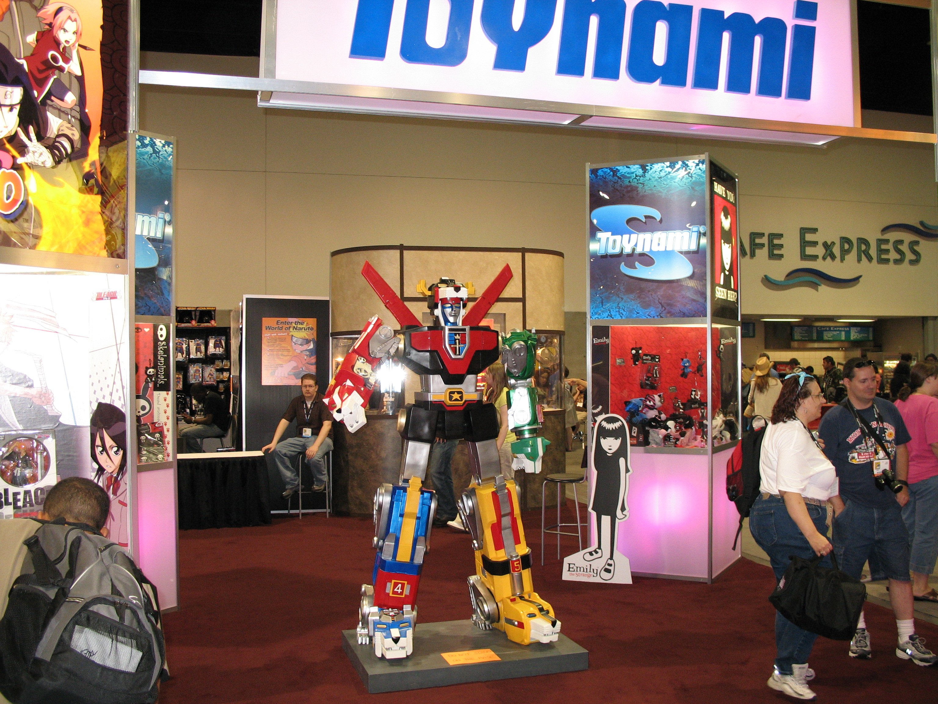 Voltron display at the Toynami booth